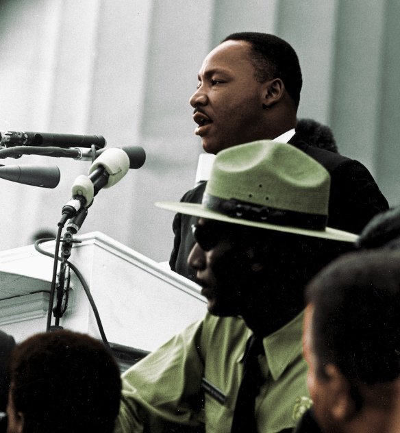 Martin_Luther_King_-_March_on_Washington_colorized_photo